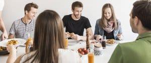 Richtige Ernährung für mehr Leistungsfähigkeit und Wohlbefinden im Büroalltag
