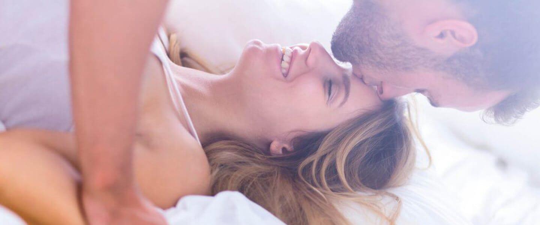 Beziehung auffrischen: So lodert das Liebesfeuer wieder auf!